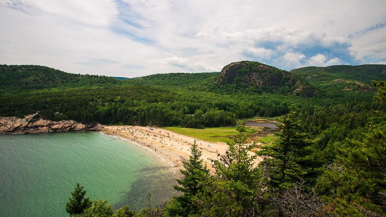 https://acadiaeastcampground.com/wp-content/uploads/2019/01/guide-to-beaches-near-acadia-national-park.jpg